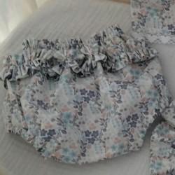Col Pierrot couleur pastelle avec liens à nouer en couleur lin et bloomer assorti